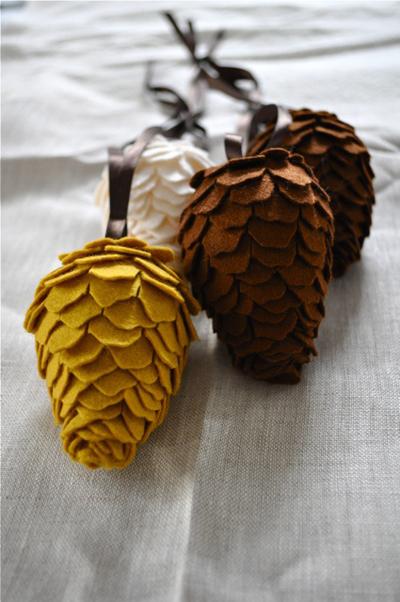 pinecone (2).jpg