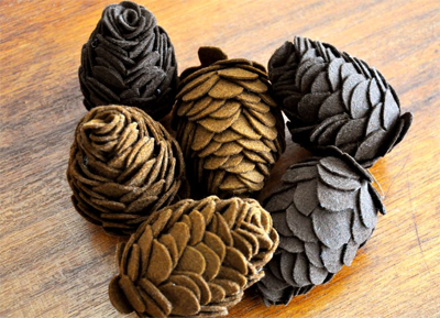 pinecone (2).png